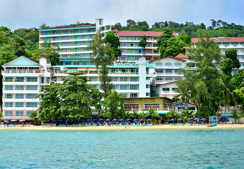Tri-Trang-Beach-Resort.jpg