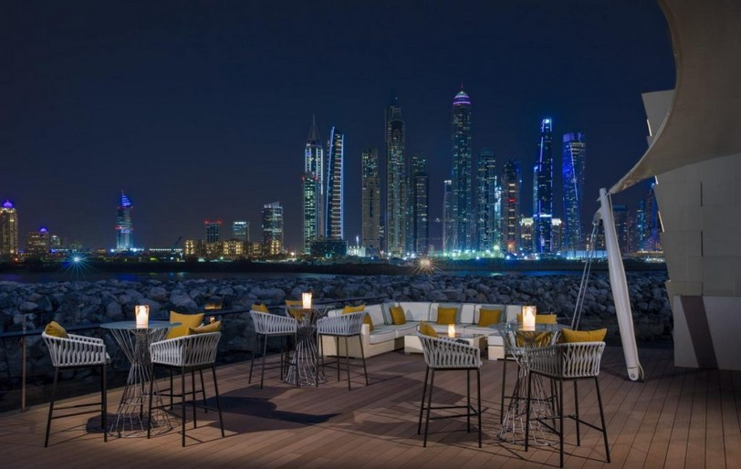 OO_ThePalm_FB_101_Rear_Terrace_Cityscape_Night_1561_MASTER_Small-1024x648.jpg