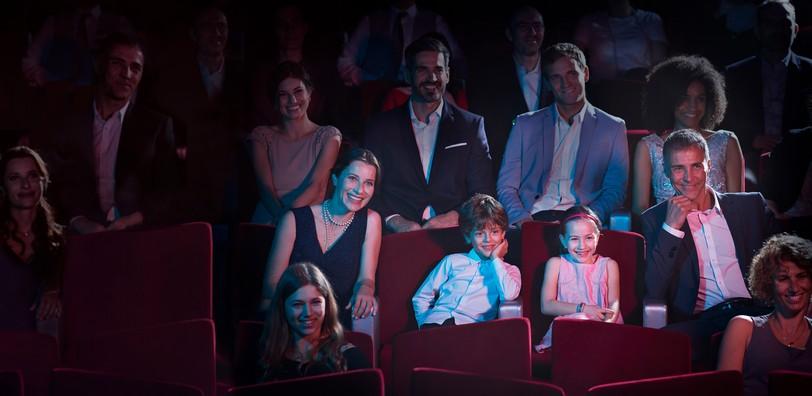 people_theatre_MSC18017024.jpg