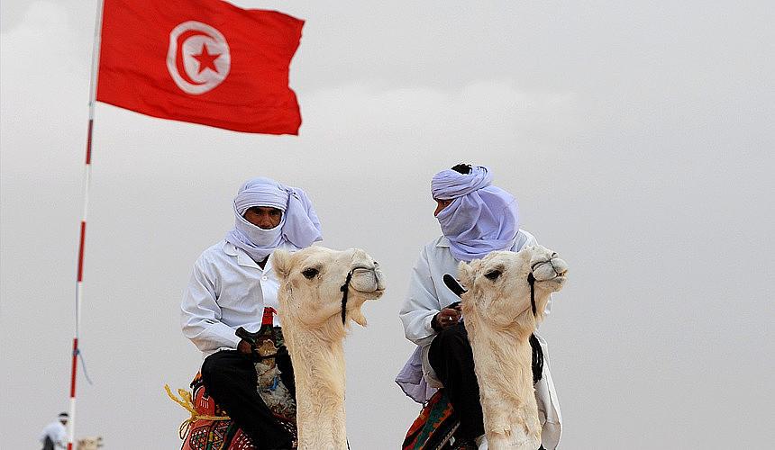 Тунис вводит режим самоизоляции для иностранцев