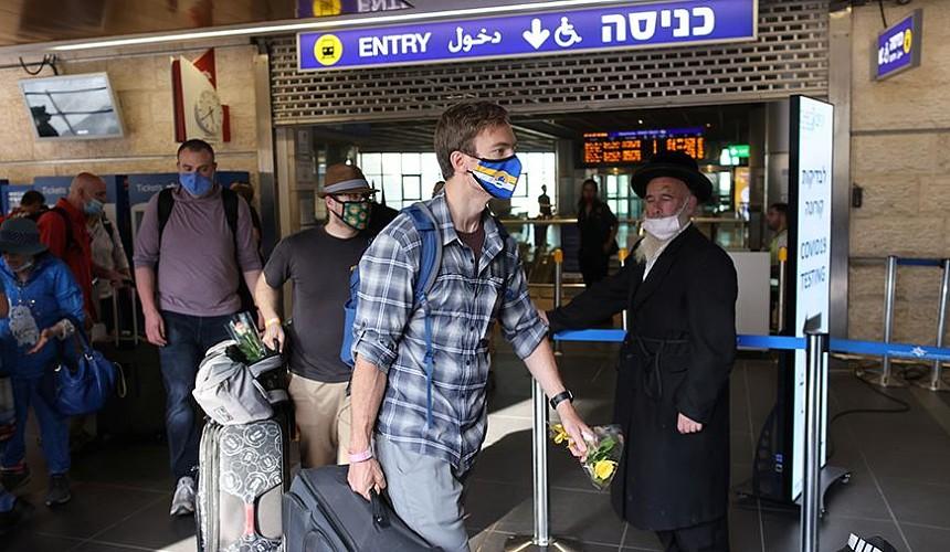 Израиль отложил открытие границ на месяц