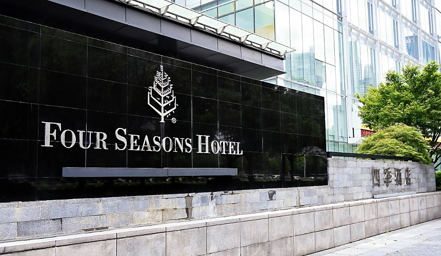 Билл Гейтс намерен увеличить свою долю в сети отелей Four Seasons