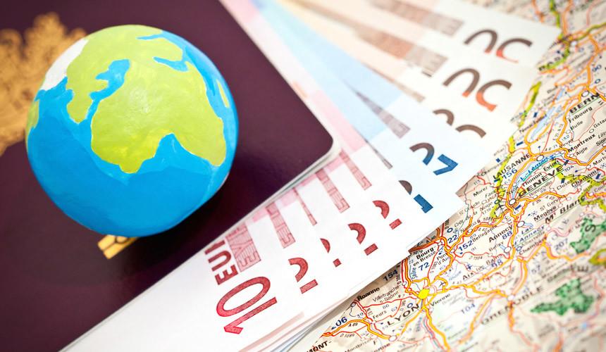 Продажи билетов в Симферополь упали на треть