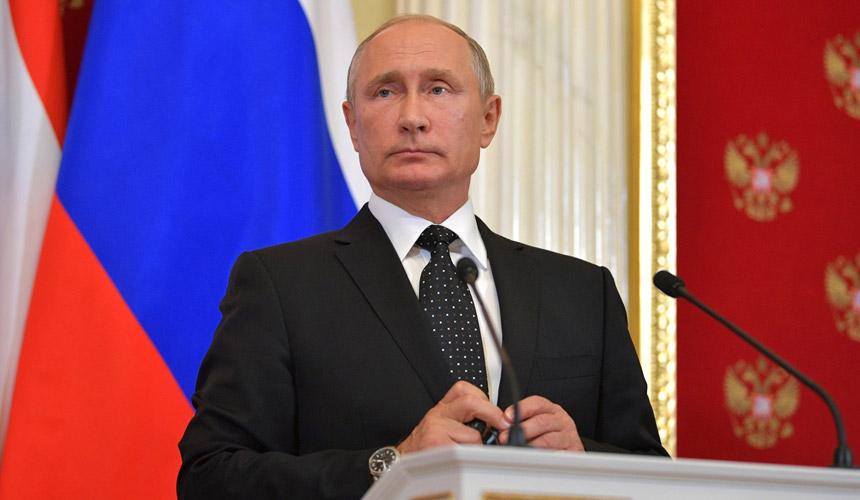 Путин поручил компенсировать авиакомпаниям траты на топливо