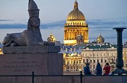 Итоги опроса: сколько туристов собирается отправиться в Санкт-Петербург на белые ночи