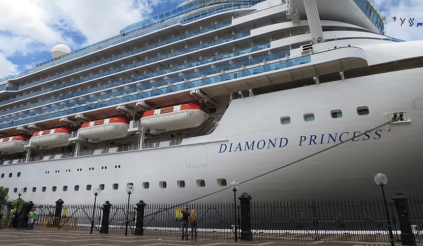 Более 60 пассажиров Diamond Princess заразилось коронавирусом