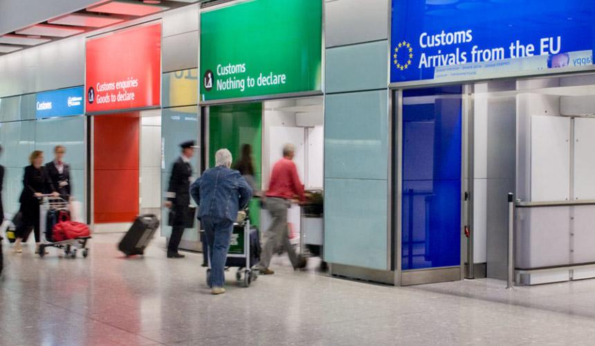 Украинские туристы стали ездить в Европу без виз