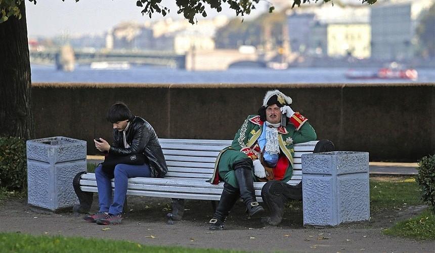 Петербург вслед за Москвой ввел удаленку: как это отразится на туризме