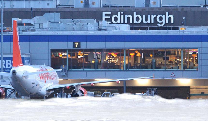 Аэропорт Женевы остановил работу из-за сложных погодных условий