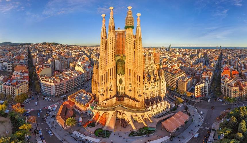 Турбизнес  Испании обратился к туроператорам после случившихся терактов