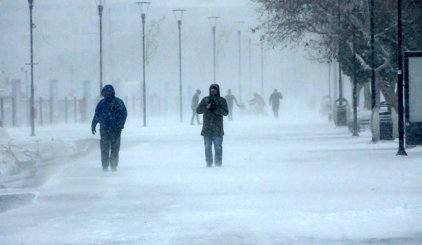 Холодный фронт из России принес морозы в Европу