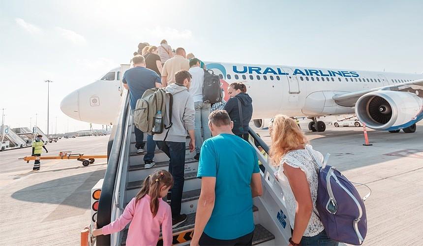 «Уральские авиалинии» примеряют образ лоукостера и продают билеты за 499 рублей