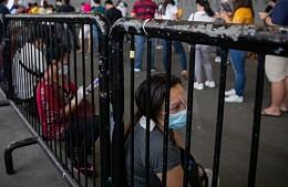 На Филиппинах ввели самый строгий уровень ковид-ограничений