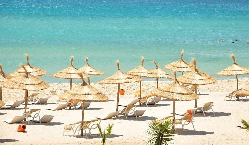 Тунис сократил карантин для иностранных туристов