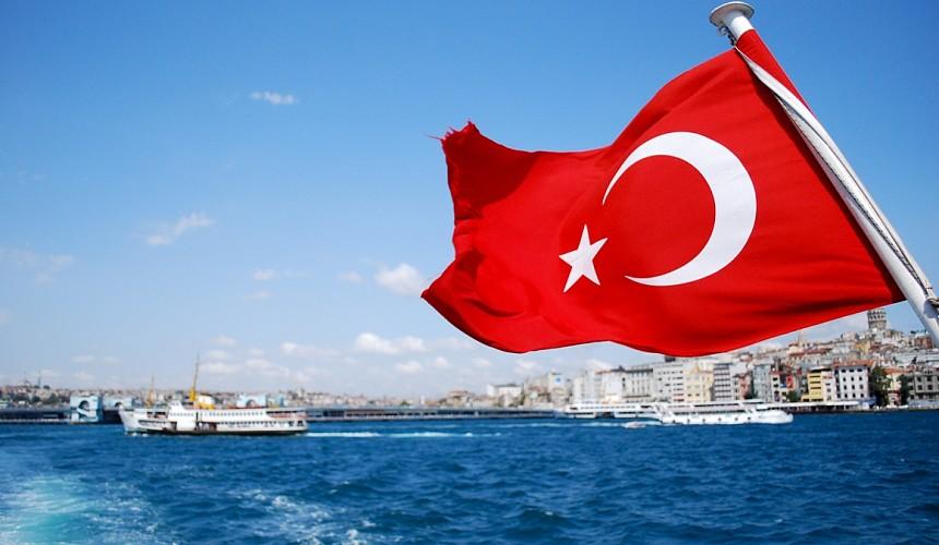 Посольство РФ в Турции разъяснило требования к сертификатам вакцинации для въезда в страну