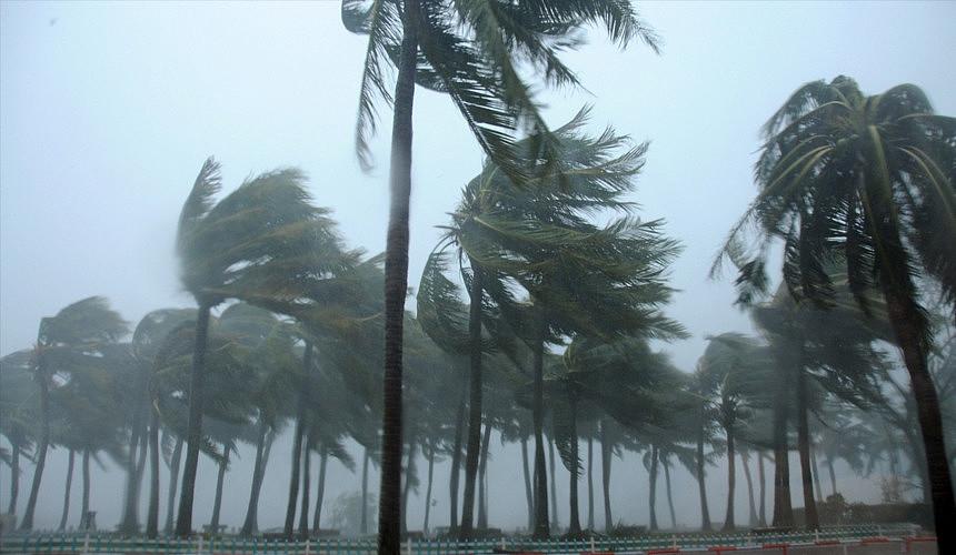 Тайфун «Мангхут» от Гонконга может дойти до острова Хайнань