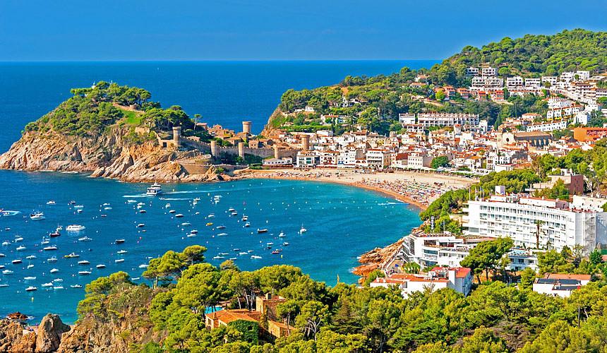 Туры в Испанию продаются дешевле, чем прошлым летом
