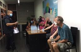 Полиция Таиланда задерживает туристов за распитие алкоголя