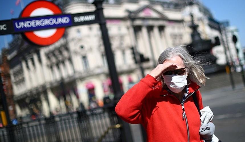 Правительство Великобритании призвали взять на себя оплату ПЦР-тестов для туристов