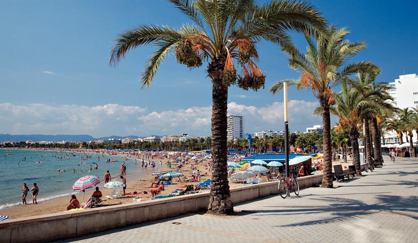 Российские туристы в Испании вытеснили европейских