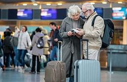 Смогут ли путешествовать непривитые и непереболевшие москвичи старше 60 лет