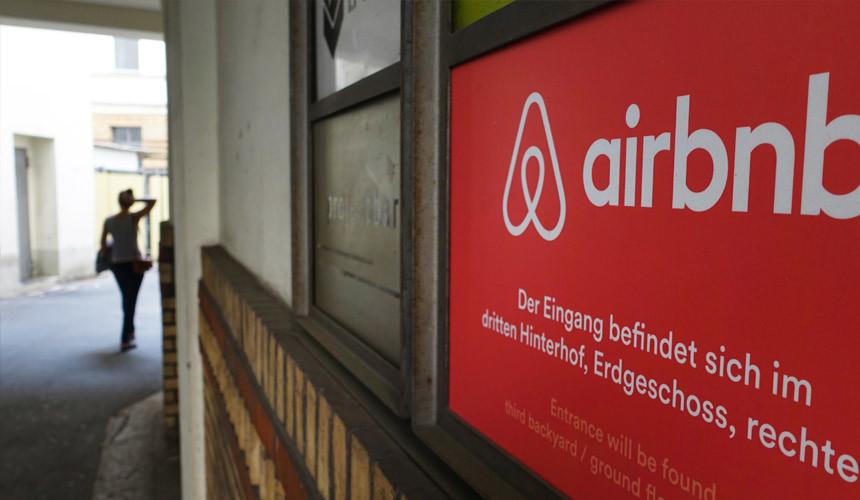 Сервису Airbnb активно перекрывают кислород в Европе