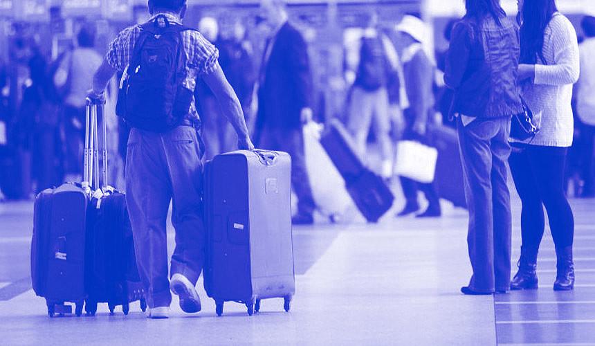 Туроператоры пообещали вывезти пассажиров Cobalt Air за свой счет