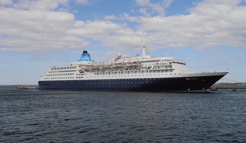 ANEX Tour покупает круизный лайнер Saga Sapphire