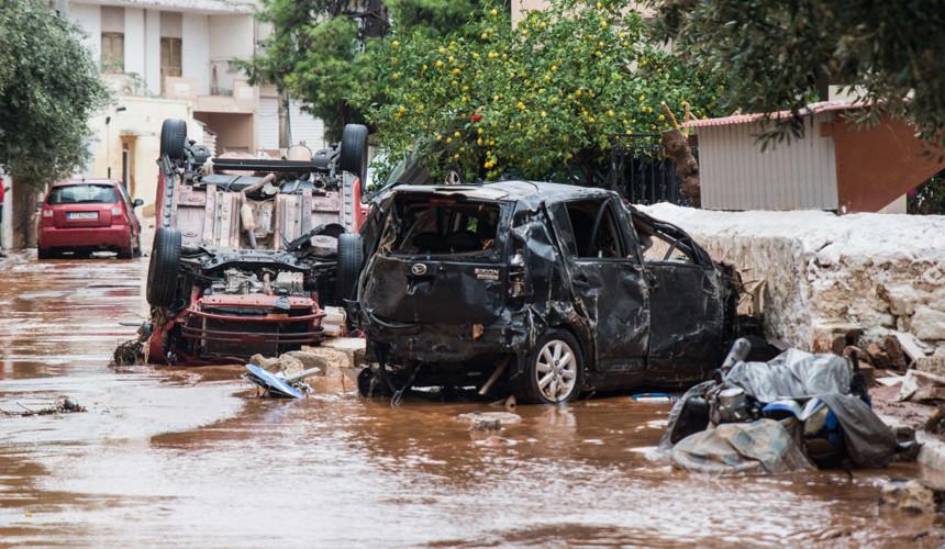 Наводнение в Греции затронуло пригороды Афин и небольшой остров