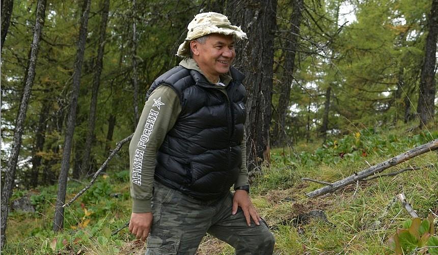 «Невероятно красиво...» Сергей Шойгу назвал места, где стоит отдыхать россиянам
