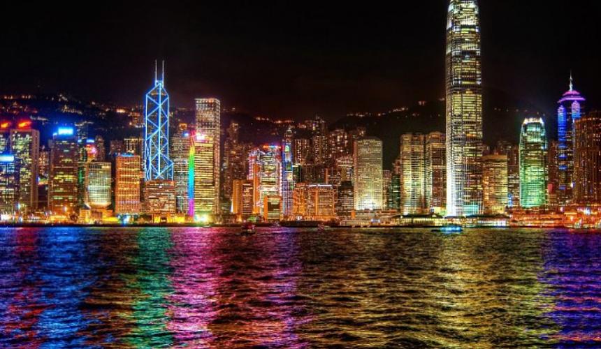 Гонконг откроется для привитых российских туристов
