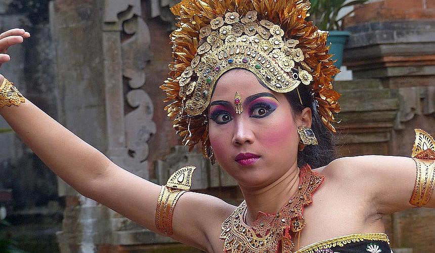 Двухнедельный отдых на Бали предлагается за 50 тысяч рублей