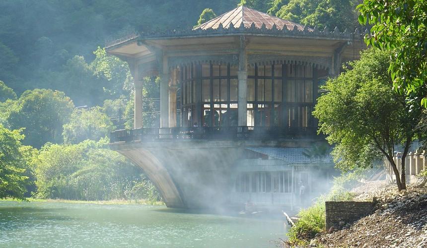В Абхазию начали возвращаться туристы
