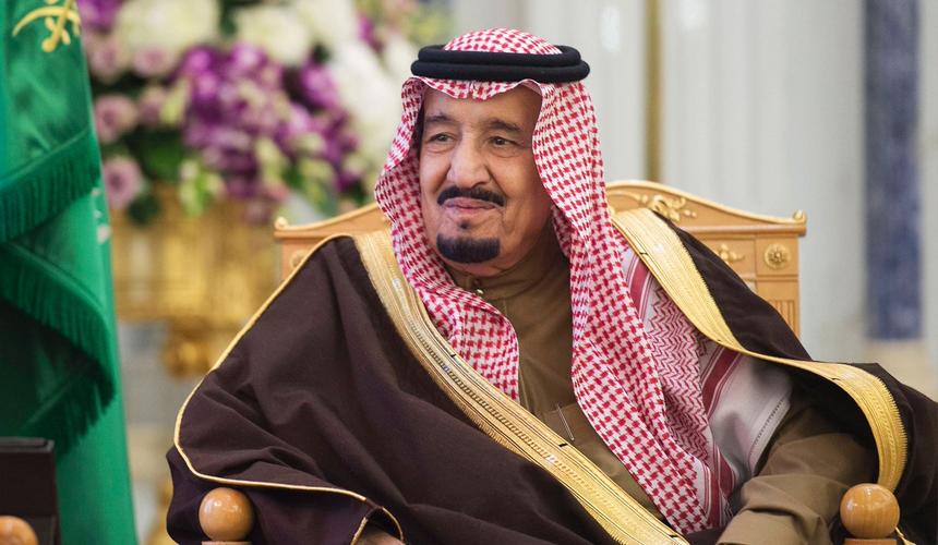 Саудовский король сделал кассу московским люксовым отелям