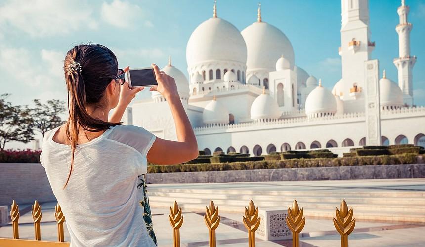 Абу-Даби упрощает пребывание в эмирате вакцинированных туристов